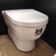 Jika Cubito fali WC
